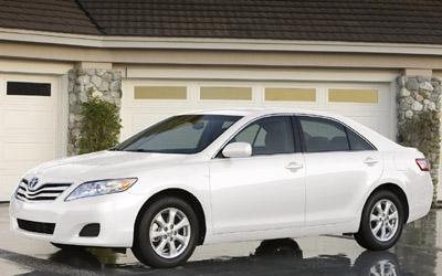 Новая Toyota Camry 2011 года